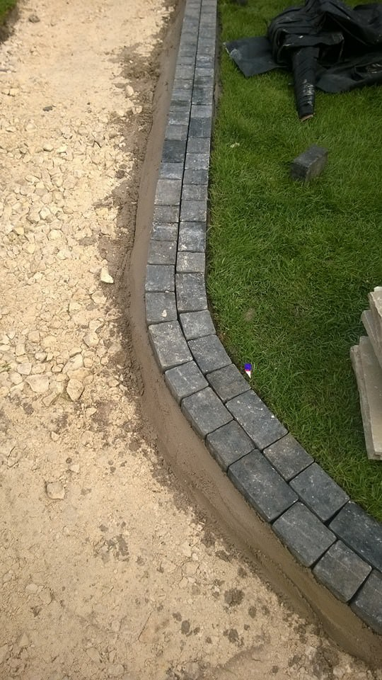 Patterned Path Edge